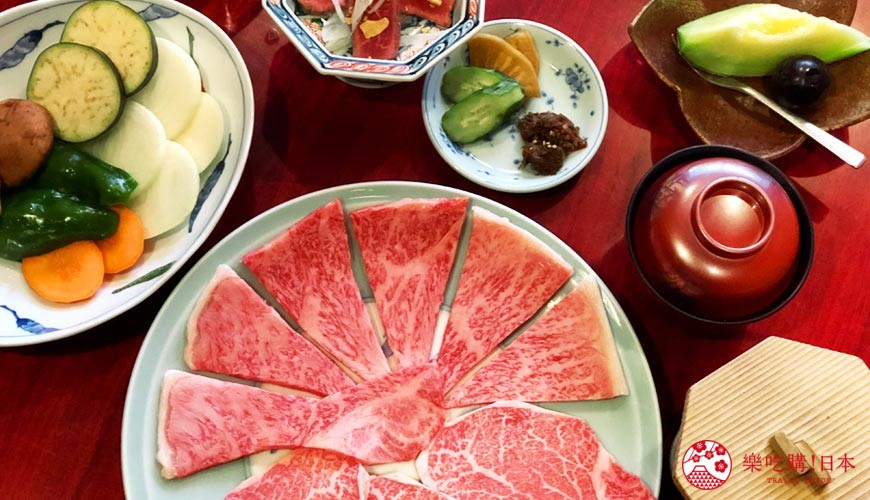 日本吃正宗松阪牛必去三重!顶级松阪和牛烧肉、寿喜烧推荐「肉料理まつむら」