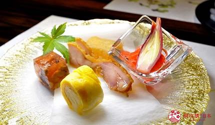 名古屋車站必吃和牛與松葉蟹涮涮鍋「割烹 宮坂」的套餐「松葉蟹與和牛的茶懷石」(ズワイガニと和牛の茶懐石)的前菜